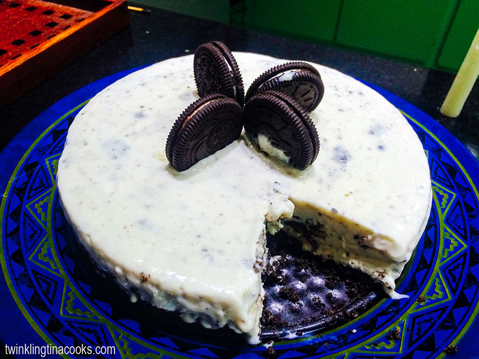 Oreo Ice cream cake, ice cream cake recipe, how to make oreo ice cream cake, how to make ice cream cake, cookies and cream cake, recipe, desserts, dessert recipe