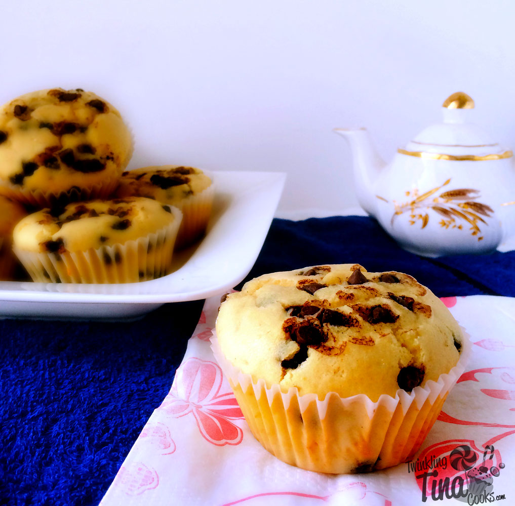 chocolate-chip-muffins-cupcake-recipe-easy-muffin-recipe-best-ever-moist-chocolate-muffin2