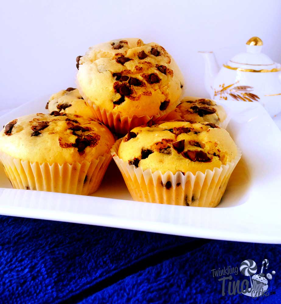 chocolate-chip-muffins-cupcake-recipe-easy-muffin-recipe-best-ever-moist-chocolate-muffin6