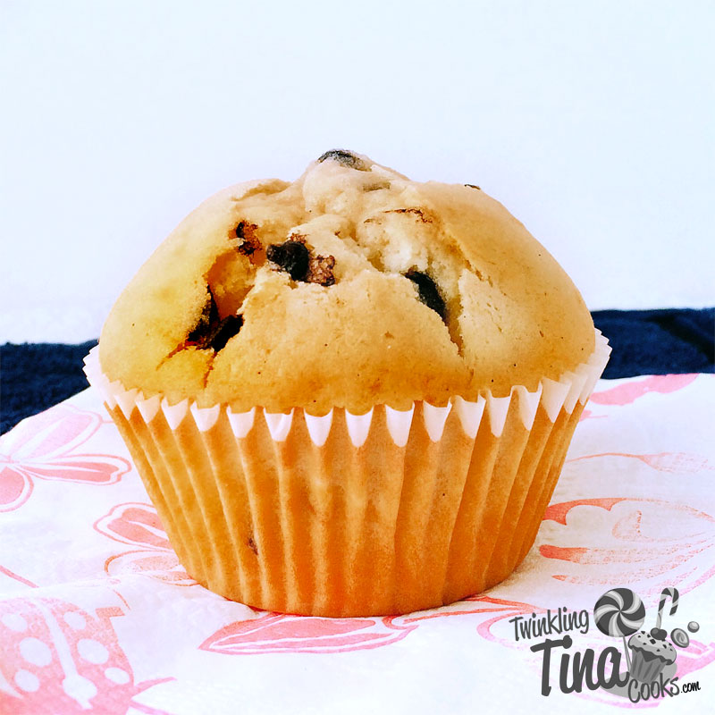 chocolate-chip-muffins-cupcake-recipe-easy-muffin-recipe-best-ever-moist-chocolate-muffin8