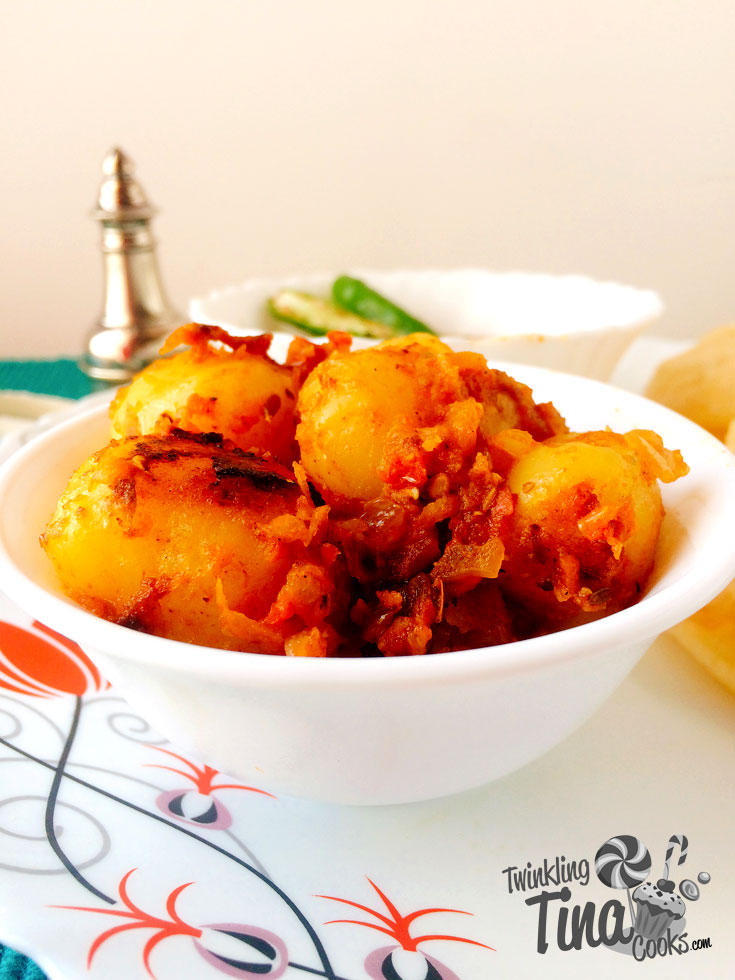 bengali-alur-dom-how-to-make-bengali-style-dum-aloo-authentic-bengali-recipe