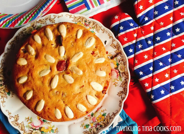 http://www.twinklingtinacooks.com/savory-semolina-muffins/